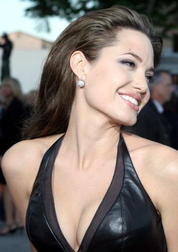 Анджелина Джоли / Angelina Jolie Лучшие фильмы (Фильмография Онлайн)