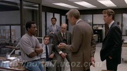 Кадры из нигерской комедии Полицейский из беверли-хилз - часть 1 (1984) (Смотреть кино в хорошем качестве)